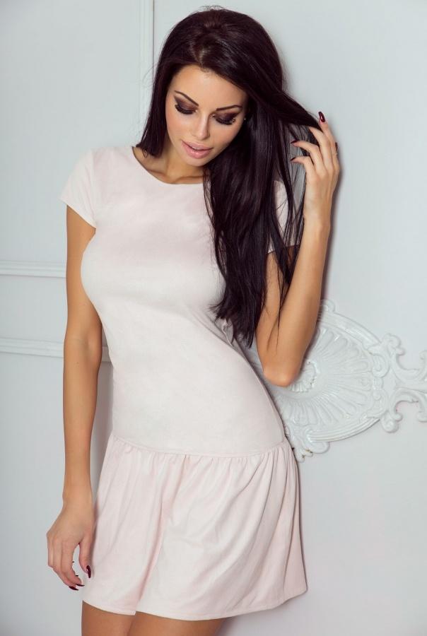 Sukienki 197-PUDROWY RÓŻ