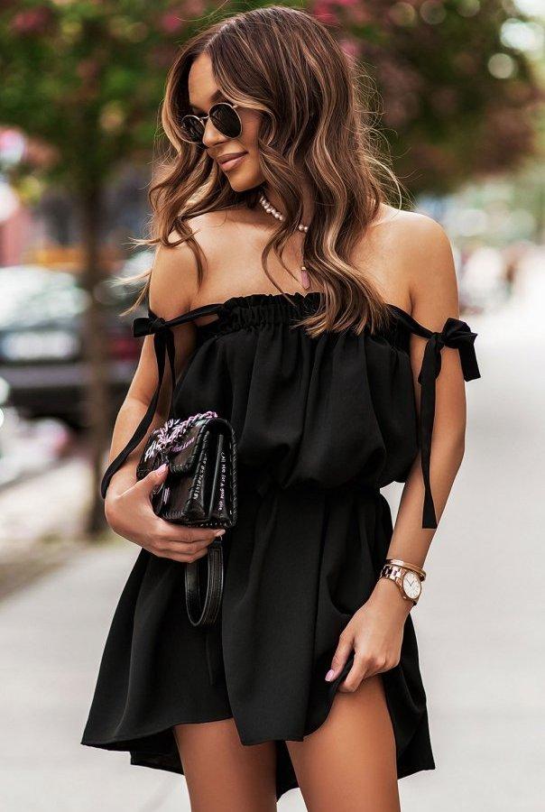 Sukienki 299-CZARNY