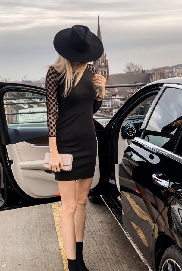 Sukienki MONA-CZARNY