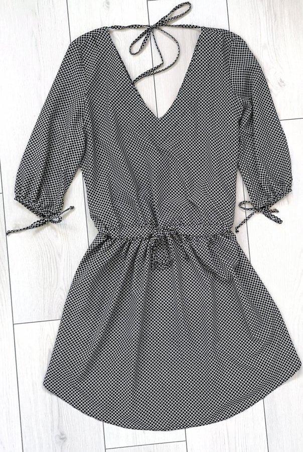 Sukienki 213-WZÓR