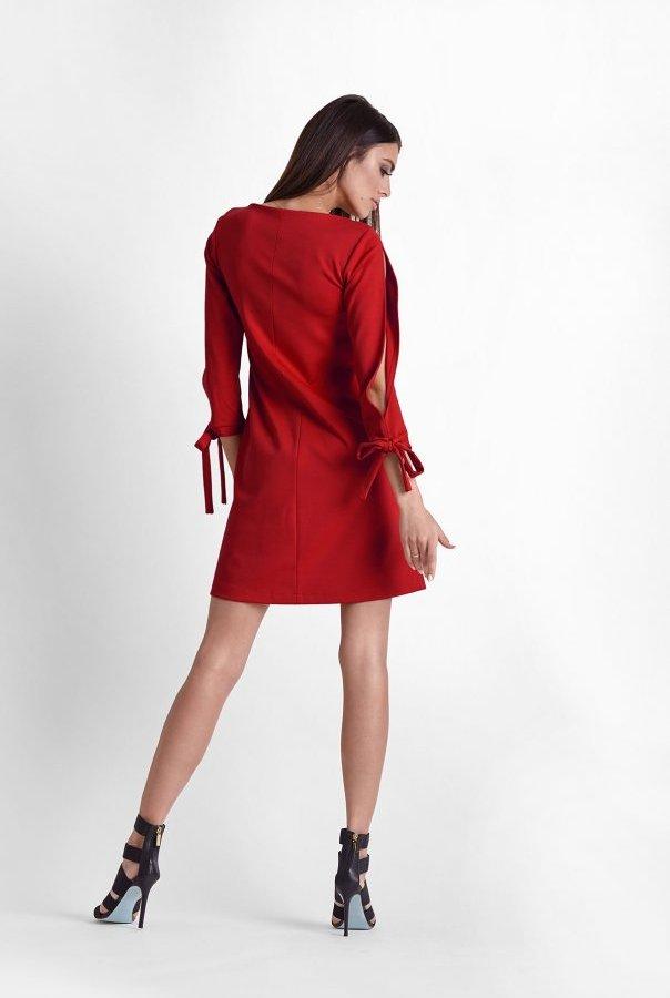 Sukienki 246-CZERWONY
