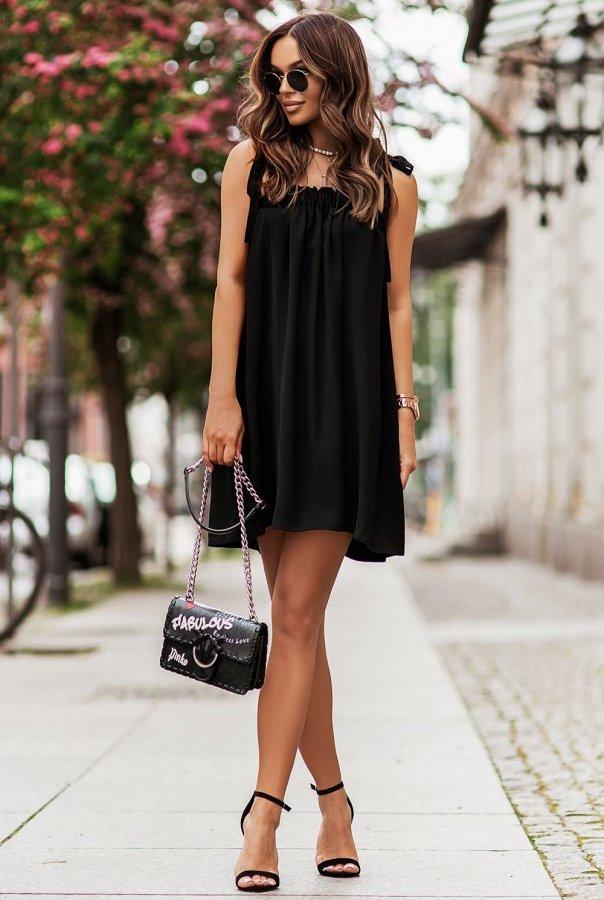 Sukienka ANDI z wiązaniami na ramionach 299-CZARNY